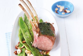Carré grillé et haricots verts rôtis