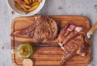 Côte de bœuf US Prime avec sauce Chimichurri